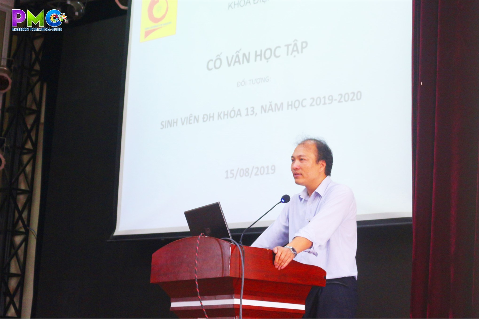 Đón sinh viên khóa 13 trở về Hà Nội và cố vấn đầu năm học 2019 - 2020