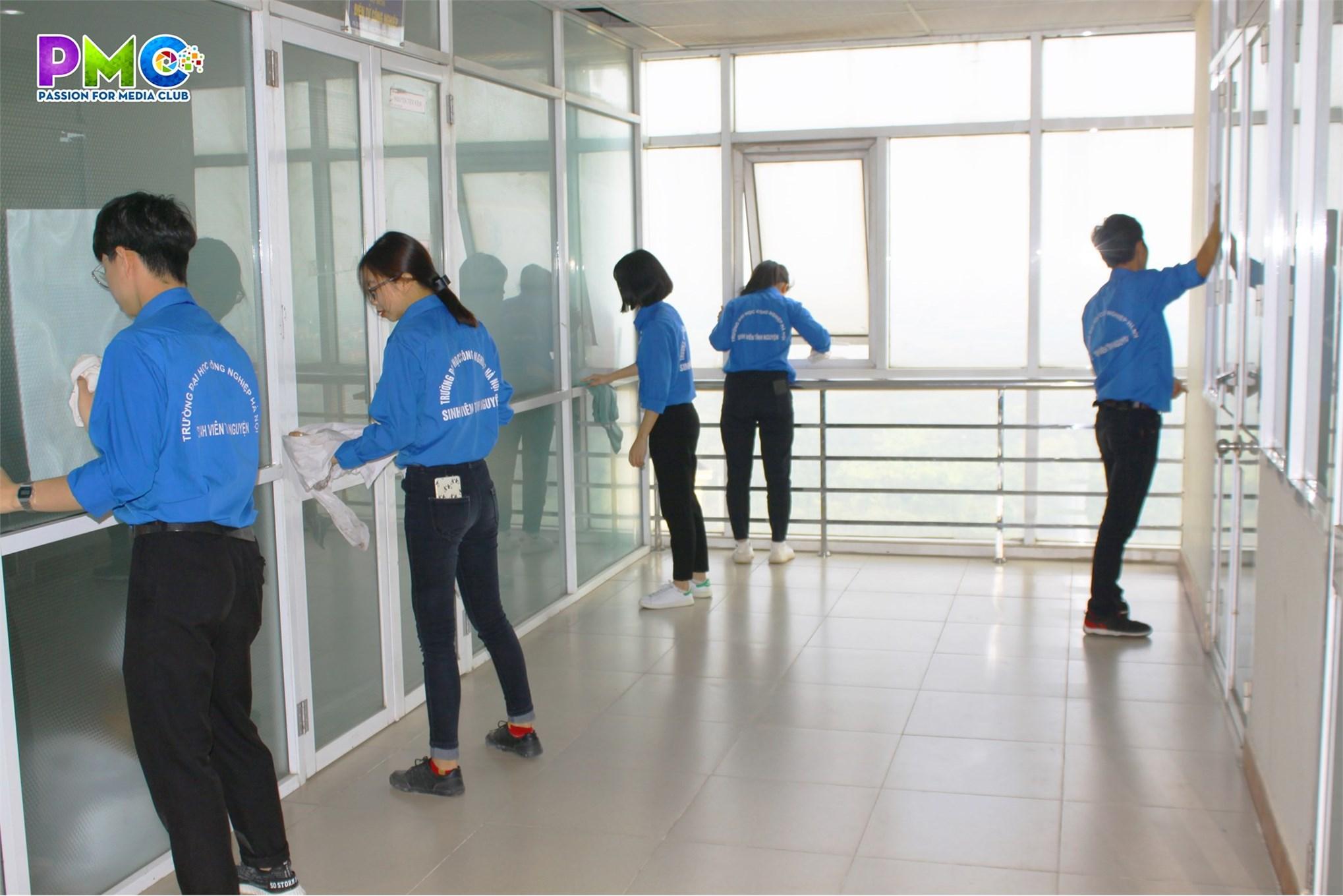 Đoàn thanh niên Khoa Điện tử ra quân triển khai công tác tuần 5S lần thứ 18.