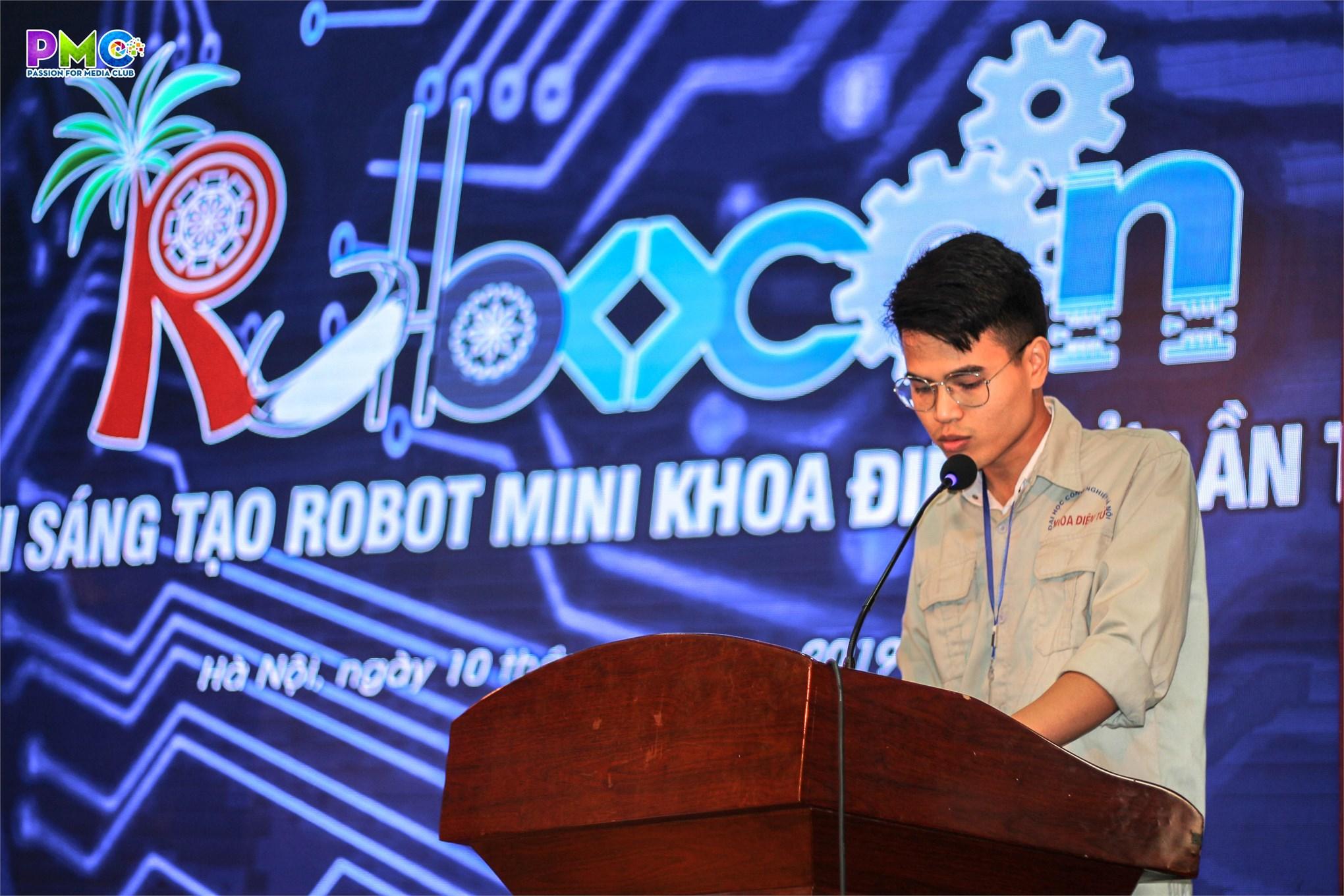 18 đội tham gia tranh tài tại cuộc thi sáng tạo robot mini khoa điện tử năm 2019