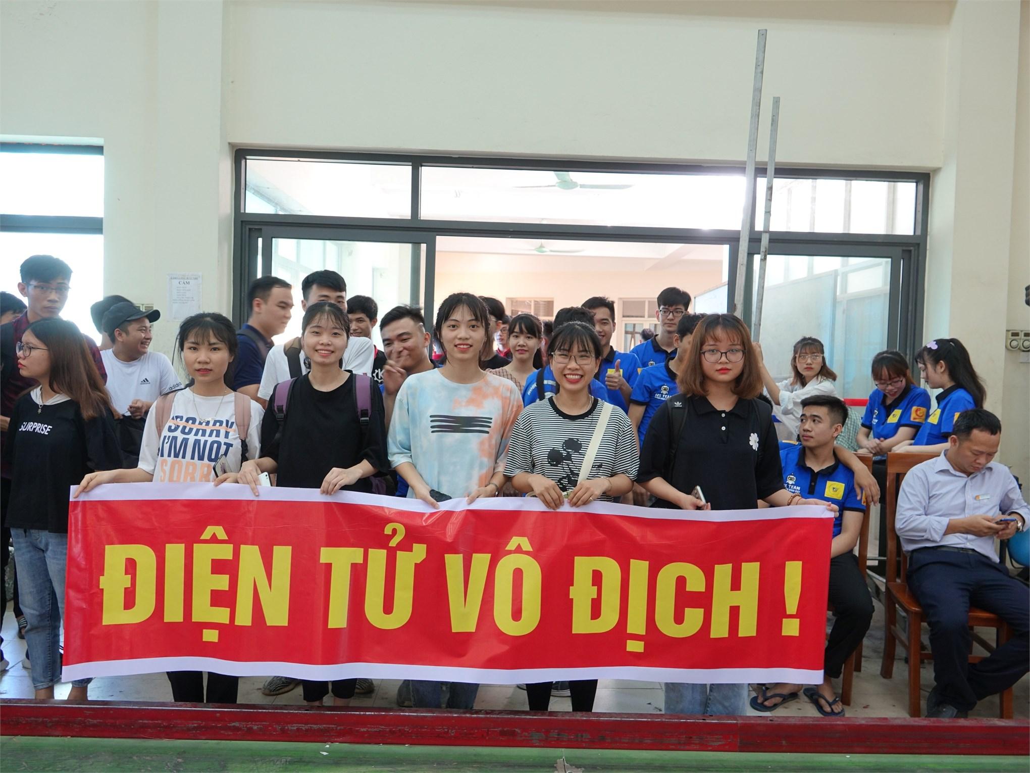 Cuộc thi sáng tạo robot Việt Nam cấp trường năm 2020