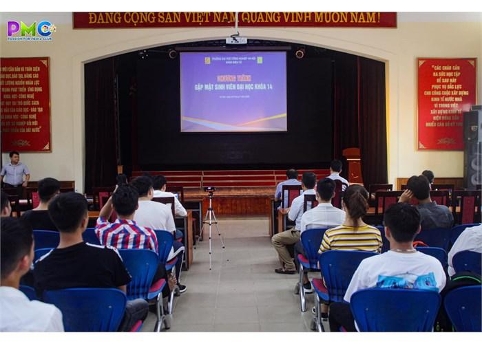 Gặp mặt sinh viên đại học khoá 14 khoa Điện tử trường ĐH Công Nghiệp Hà Nội