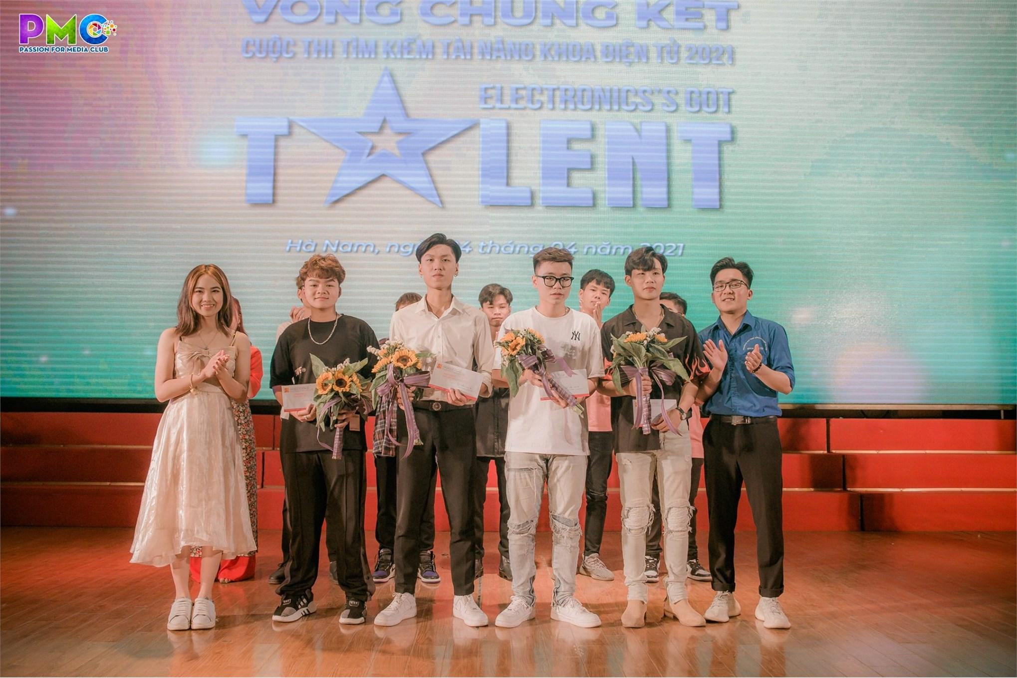 Vòng chung kết cuộc thi `Tìm kiếm tài năng khoa Điện tử 2021 - Electronic's Got Talent`