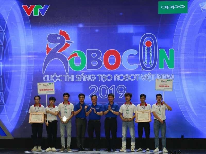 Khởi động cuộc thi sáng tạo Robot mini khoa Điện tử lần thứ IX