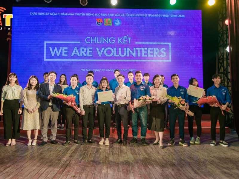 """Khoa Điện tử dành ngôi vị quán quân cuộc thi """"We are Volunteers"""""""