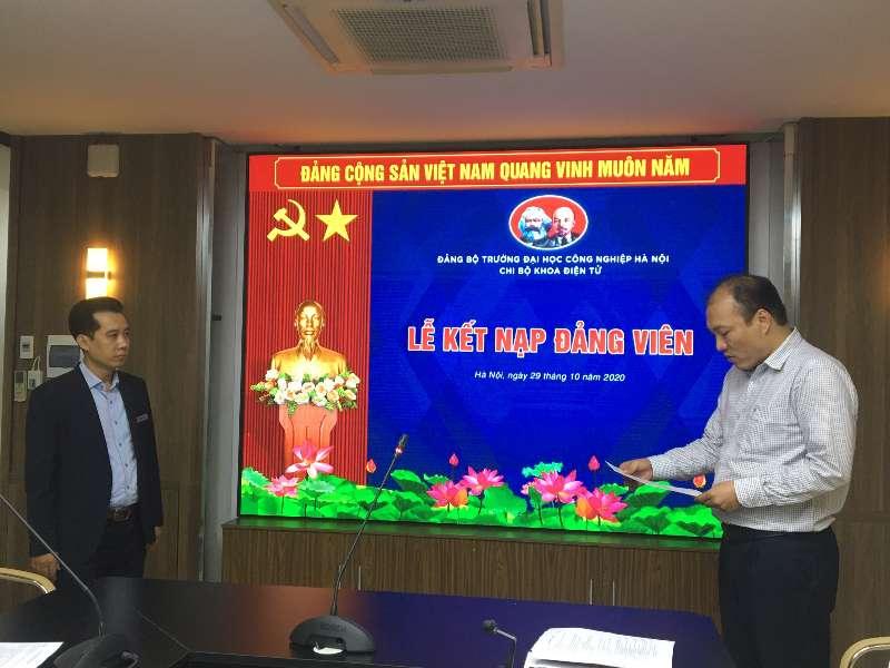 Chi bộ Điện tử kết nạp đảng viên mới và tổ chức sinh hoạt định kỳ tháng 10