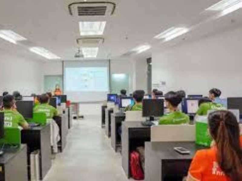 Tiếp nhận thực tập tốt nghiệp của công ty FPT với sinh viên đại học khóa 12